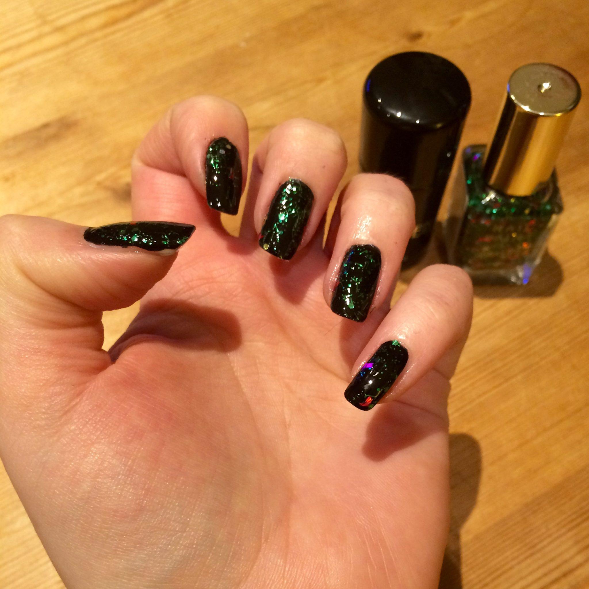 Christmas Nails_Miss Pond