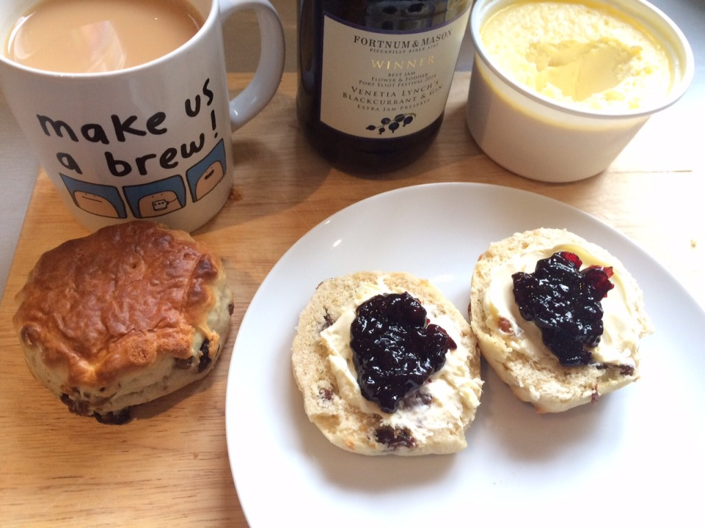 1_Blackcurrant and Gin Preserve_Miss Pond
