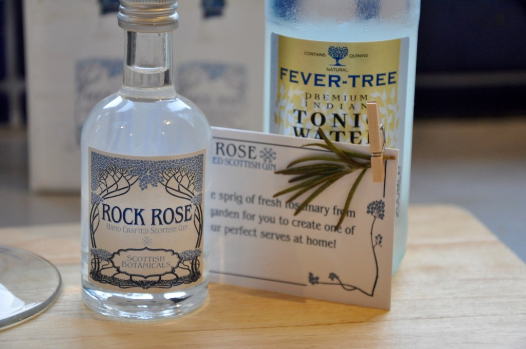 3_Rock Rose Gin_Miss Pond