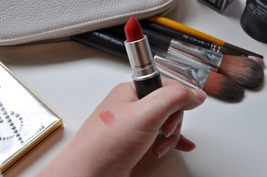 5-Christmas-Make-Up-MissPond