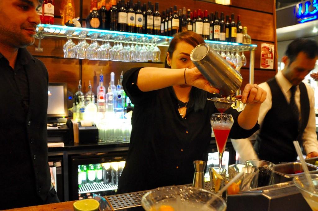 Zouk-Cocktail-Making