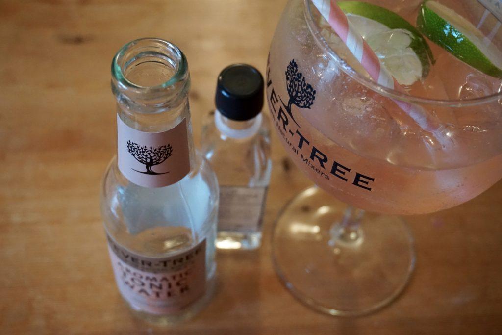 gin-explorer-box-isle-of-wight-navy-strength-gin