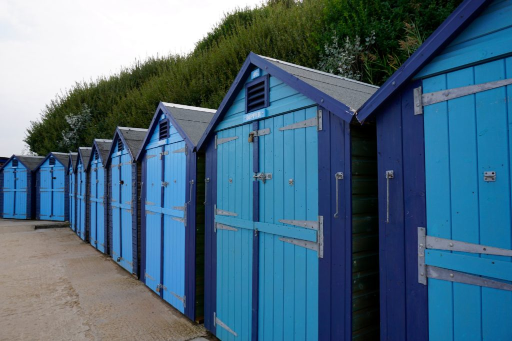 swanage-holiday-beach-huts