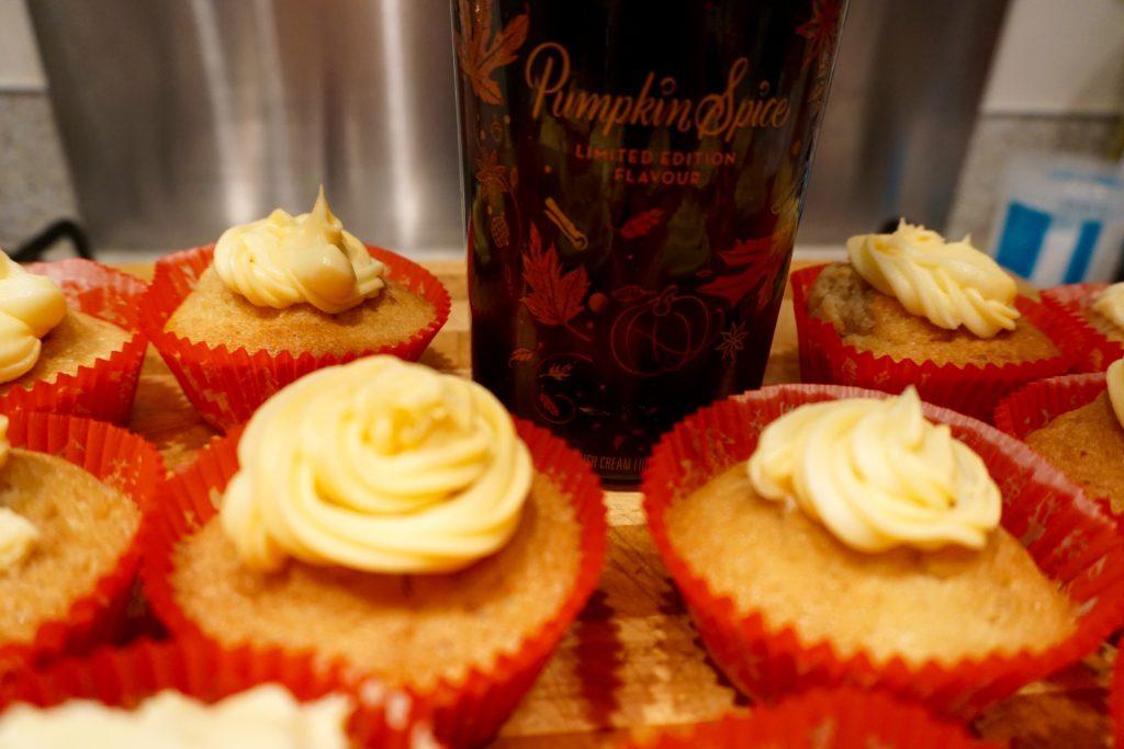 boozy-pumpkin-spice-cupcakes