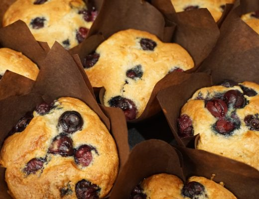 canderel-sugarly-blueberry-muffins