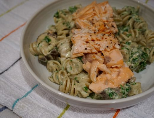 creamy-spinach-and-salmon-pasta-recipe