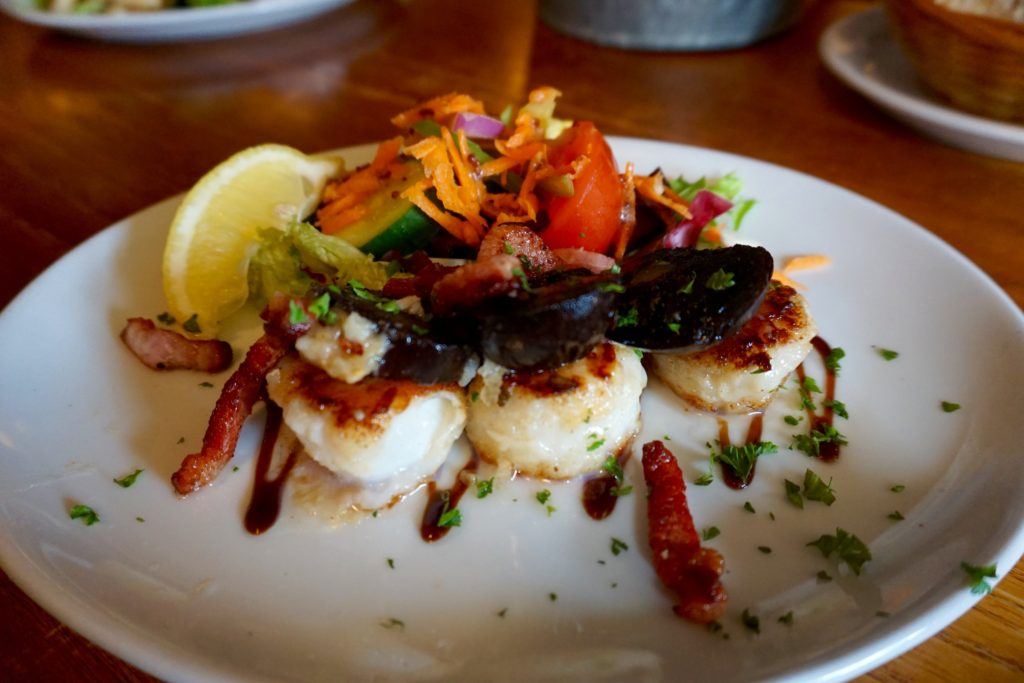 day-out-in-poole-scallops-and-black-pudding