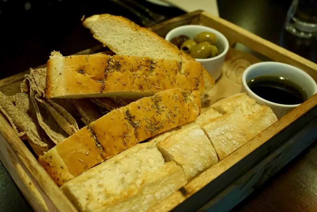 Bread and Oil Tray - Grosvenor Casino Birmingham
