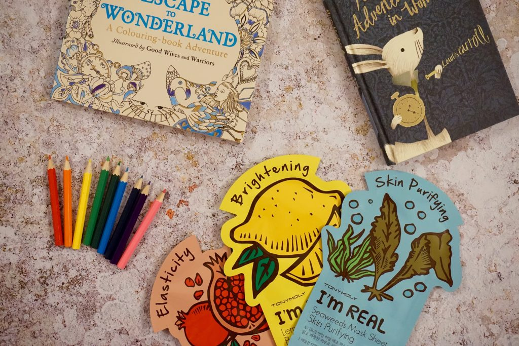 Colouring In Books and Colouring In Pencils - How to Enjoy a Restful Weekend Alone
