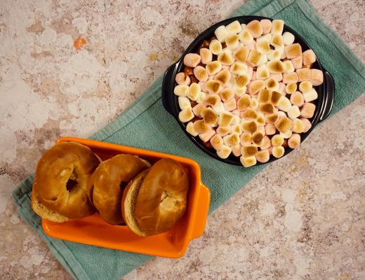 New York Bakery Co Maple Mini Bagels and S'mores Dip