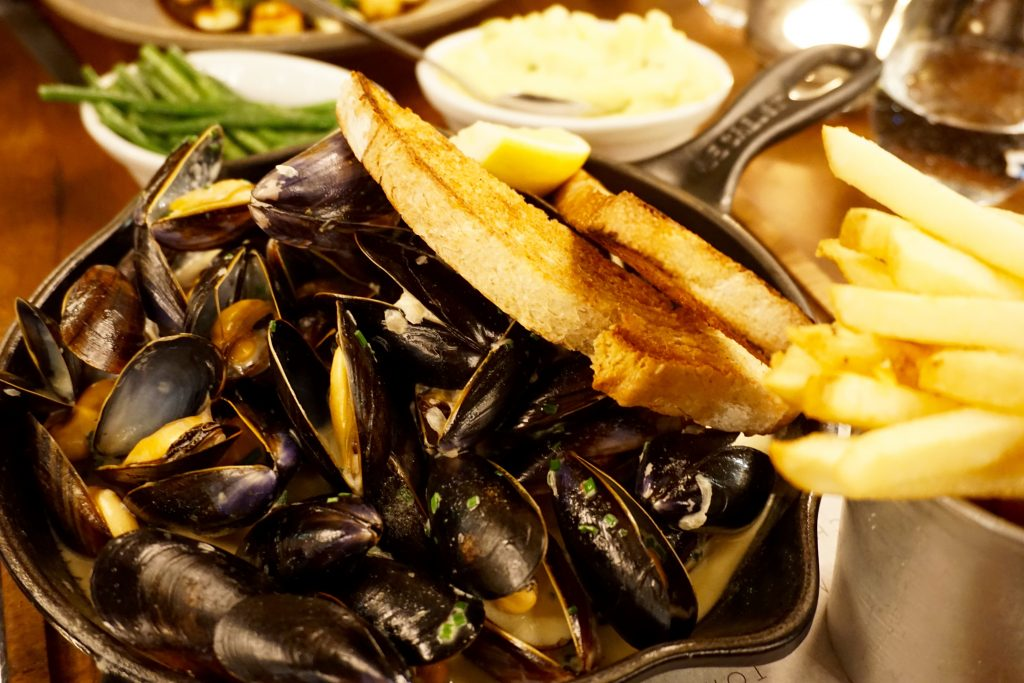 Toms-Kitchen-Birmingham-Mussels-Fries