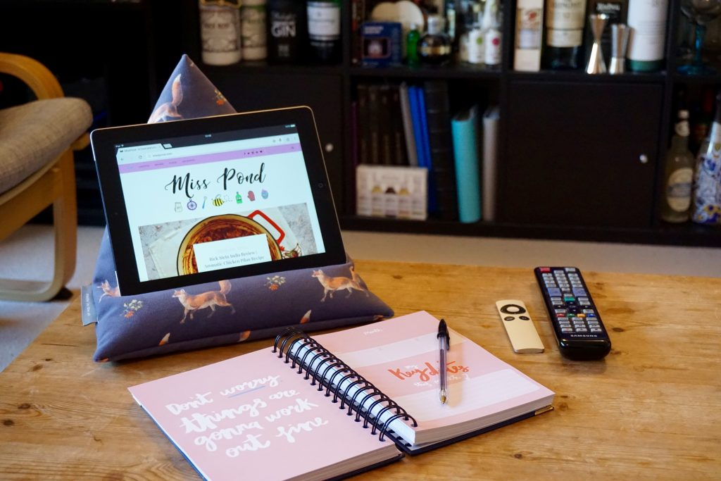 Why I've Started Using My Tablet More Again - Using iPad Bean Bag for blogging