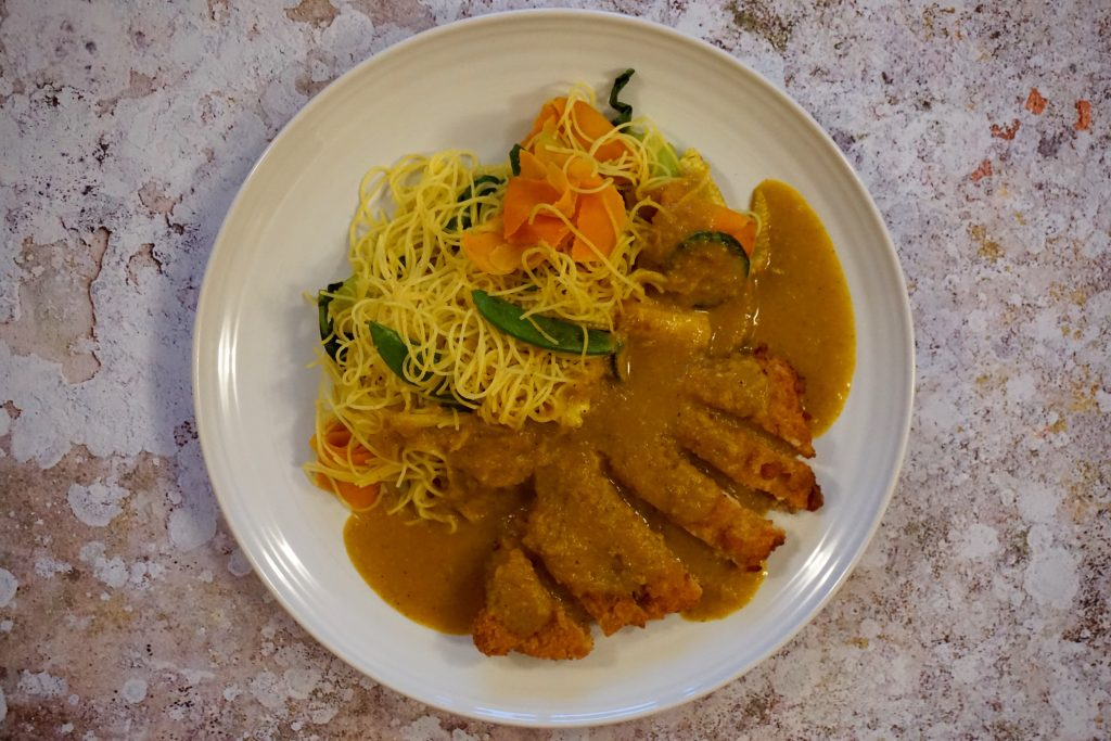 Katsu-Curry-On-A-Plate-With-Noodles-And-Chicken