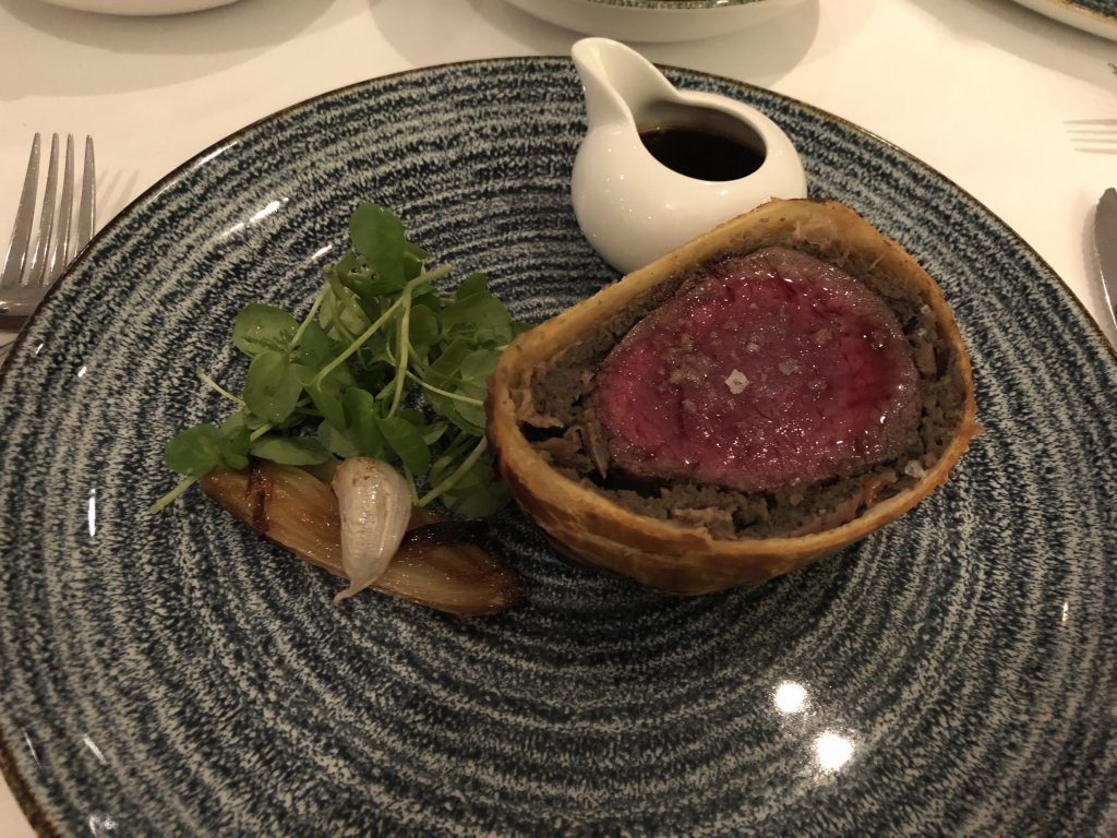 The-River-Restaurant-Lowry-Hotel-Beef-Wellington-Cut