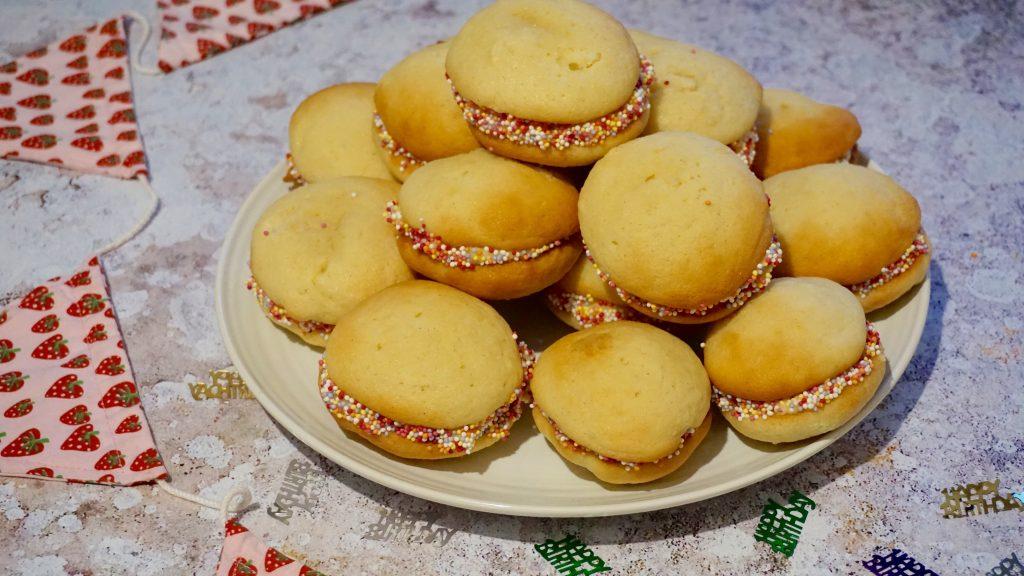 Birthday-Cake-Whoopie-Pies-Easy Recipe