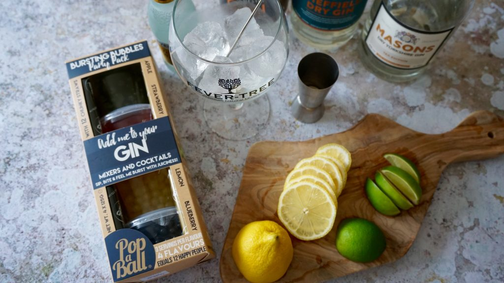 Gin-Garnishes-and-Popaball
