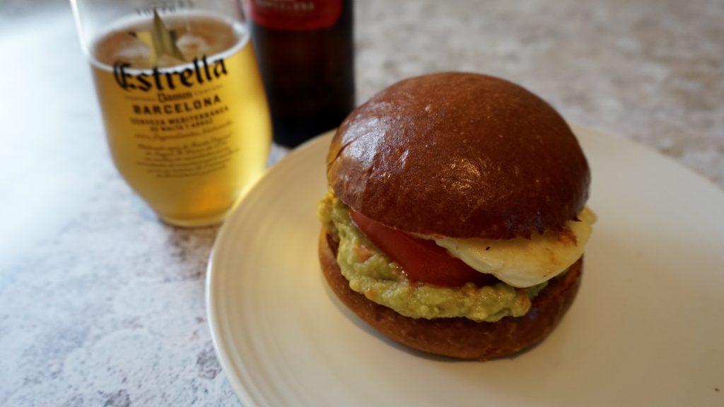Halloumi-Burger-with-guacamole