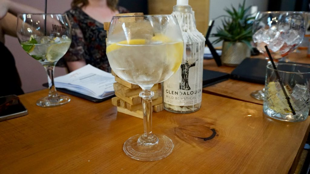 Tonic-Worcester-Earl-Grey-Gin