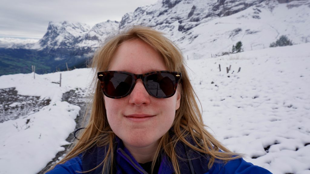 Miss-Pond-Eiger-Selfie-with-snow