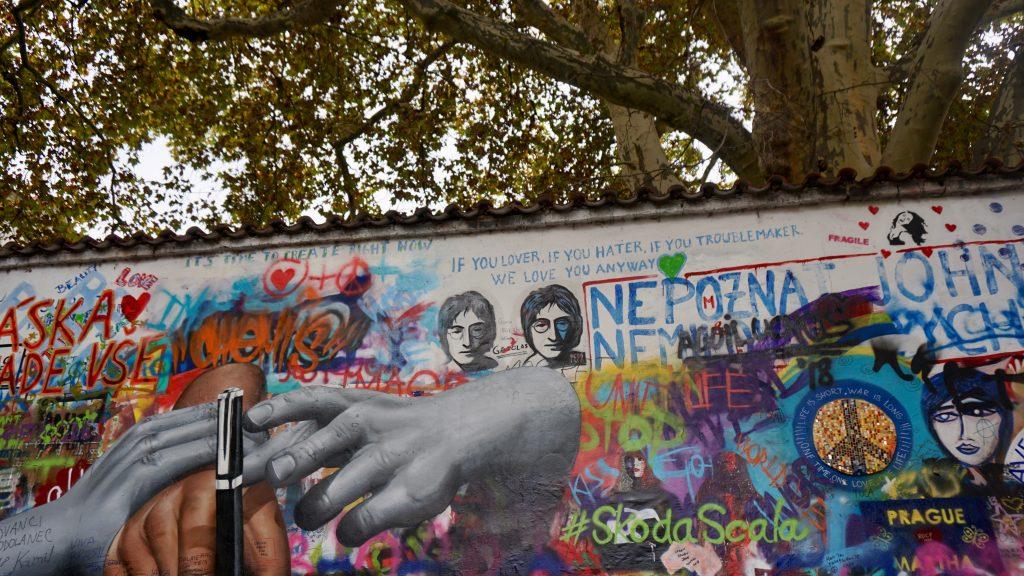 Lennon-Wall-Prague-1