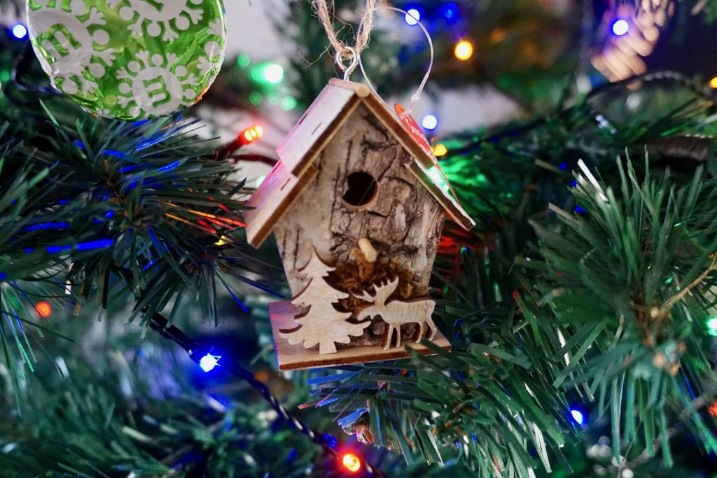 Birdhouse-Christmas-Decoration